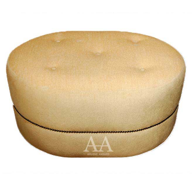 New Yorker Oval Ottoman